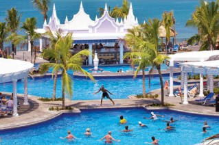 Hotel RIU Private Airport Transfers from Montego Bay